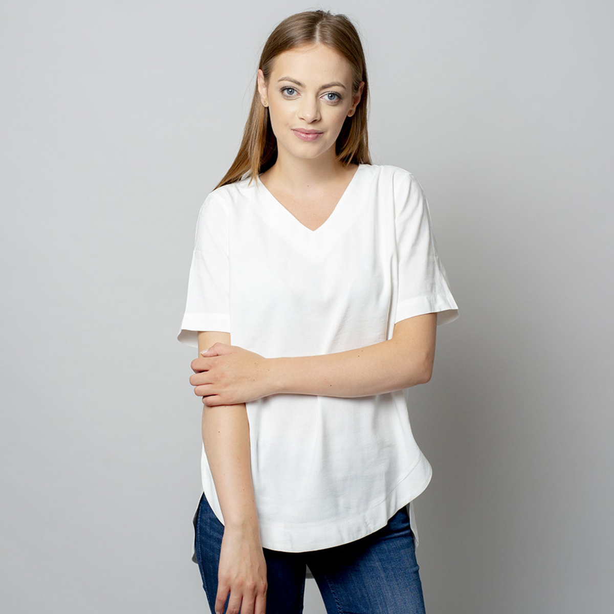 Dámske tričko bielej farby s prídavkom ľanu 10908 40