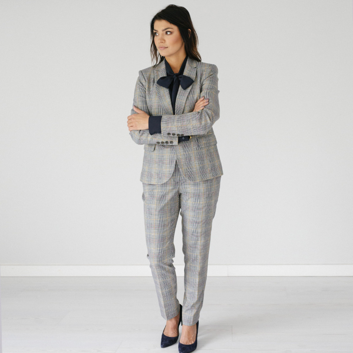 Dámske nohavice s károvaným vzorom 10142 34