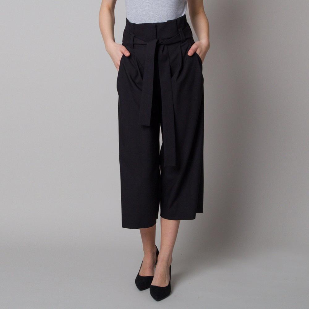 Dámske látkové nohavice culottes čierne 12616 38