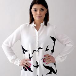 506f7ed1c2 Dámska košeľa s potlačou letiacich vtákov 10756